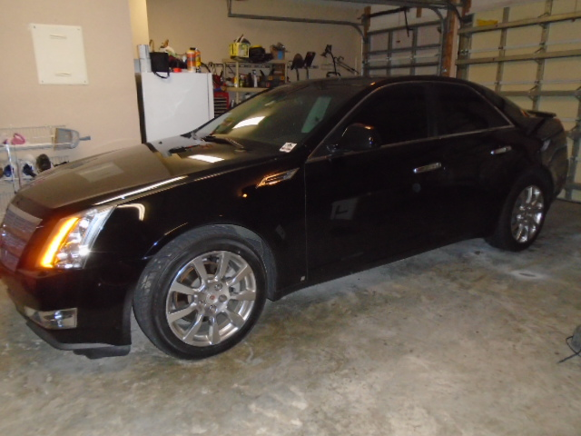 2009 Cadillac CTS-002-jpg
