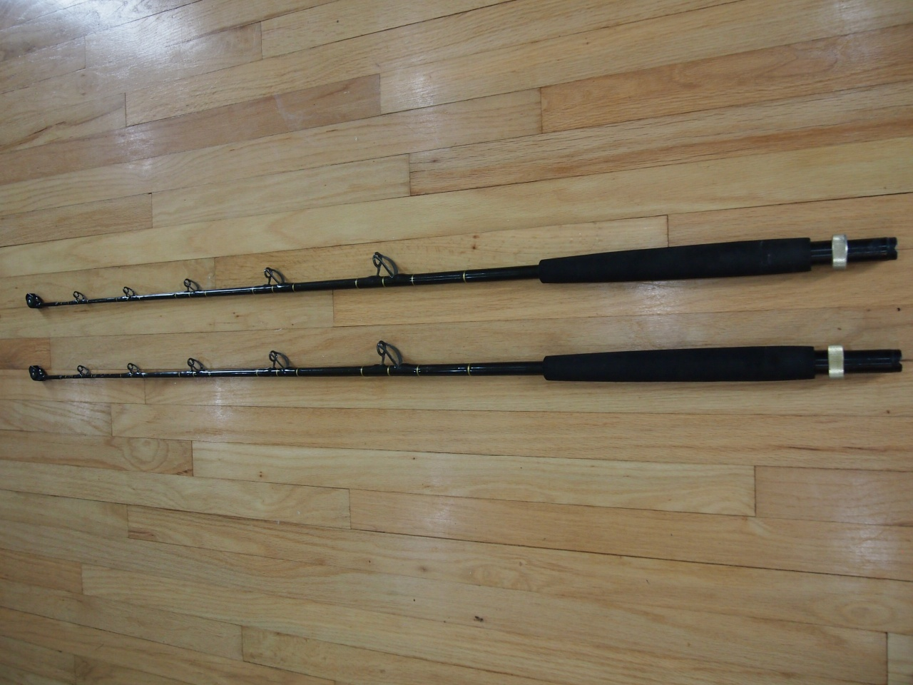 Penn & Shimano Reels, lots of rods-012-jpg
