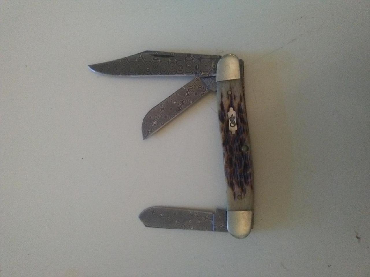 Couple knives-0617191802_1560875062954-jpg