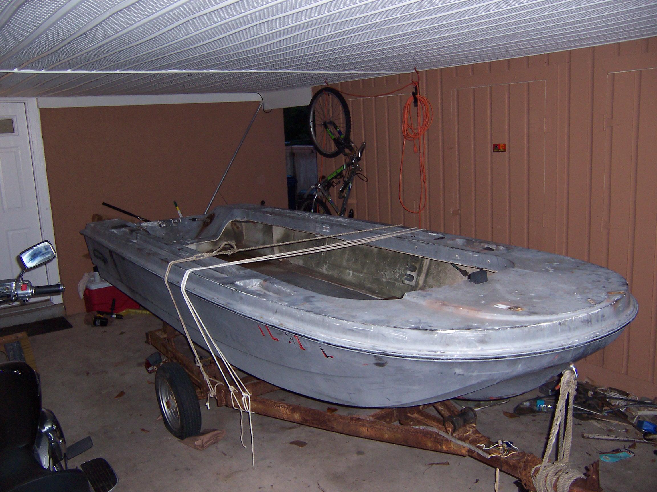 What grit sandpaper for fiberglass hull?-prior to primer-100_1446-jpg
