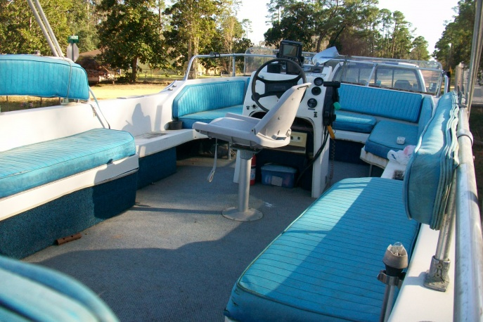 Viking Party Boat 18' Viking Party Boat With