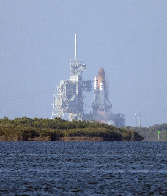 Feb 24 Shuttle Launch Pics-2011-02-24-17-57-35-copy-jpg