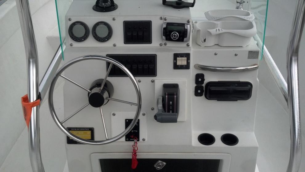 21 Cape Horn w/ 4 stroke-2012-07-20_08-12-14_560-jpg