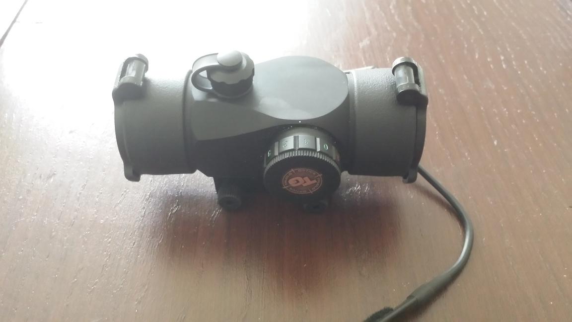 Truglo Triton 30mm tri - color scope-20140121_095050-jpg