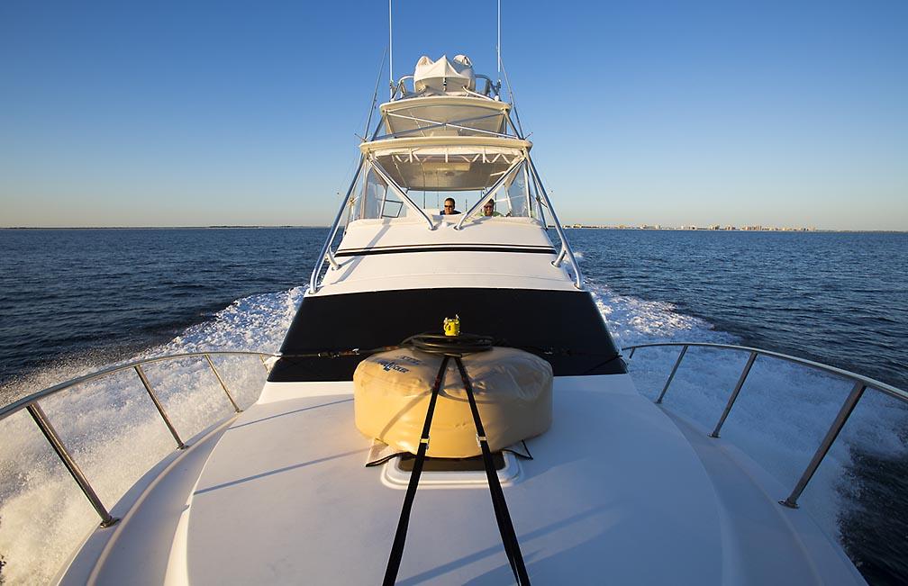 Maersk Developer - Tunas, Orcas-20141016_fishing_instigator_0024-jpg