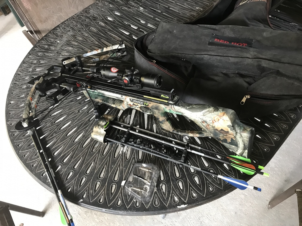 Crossbow for sale-2d0d4078-bdbe-4103-be6d-4f098e846c1f-jpg