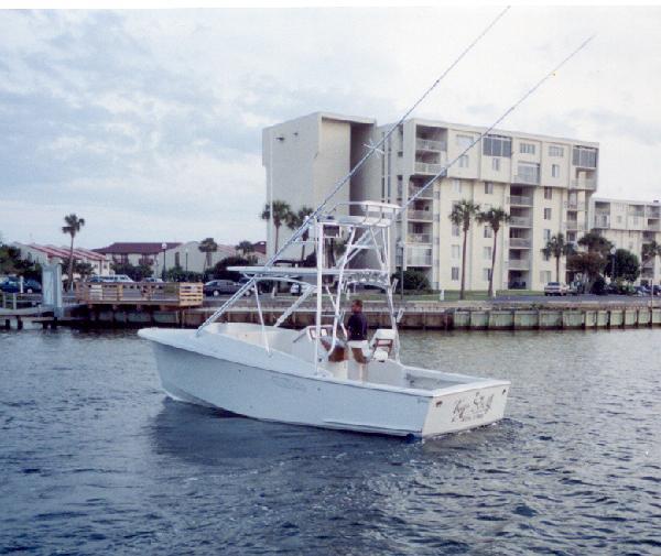 2002 27 tides express with 370 yanmar pensacola fishing for Tides for fishing pensacola