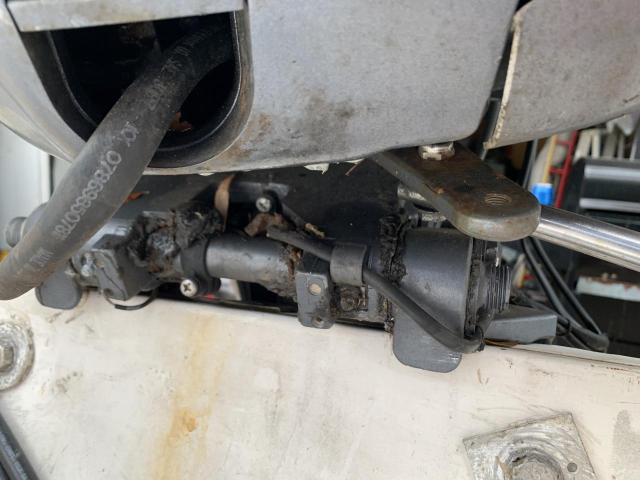 Hydraulic steering-61854d16-d9d8-4a6f-8f9e-a964ecc0f713-jpg