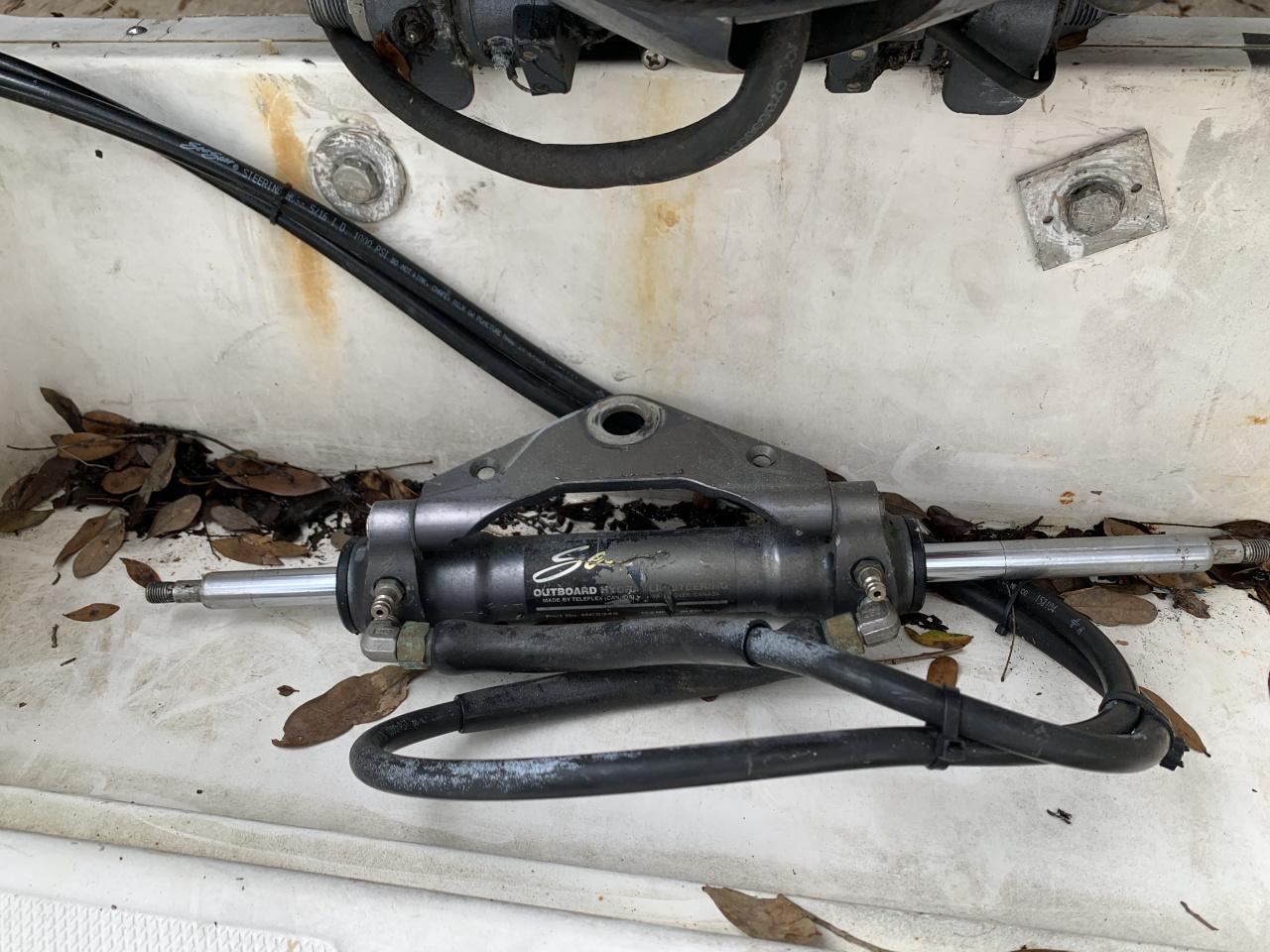 Hydraulic steering-9b19a6f7-d388-461c-b5a6-088bd05c5e1a-jpg