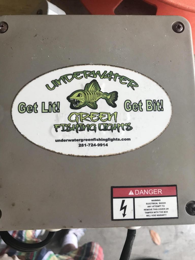 Underwater Dock Light-a3da62dc-171a-472e-9171-86ebdc9f06c6_1559835548553-jpg