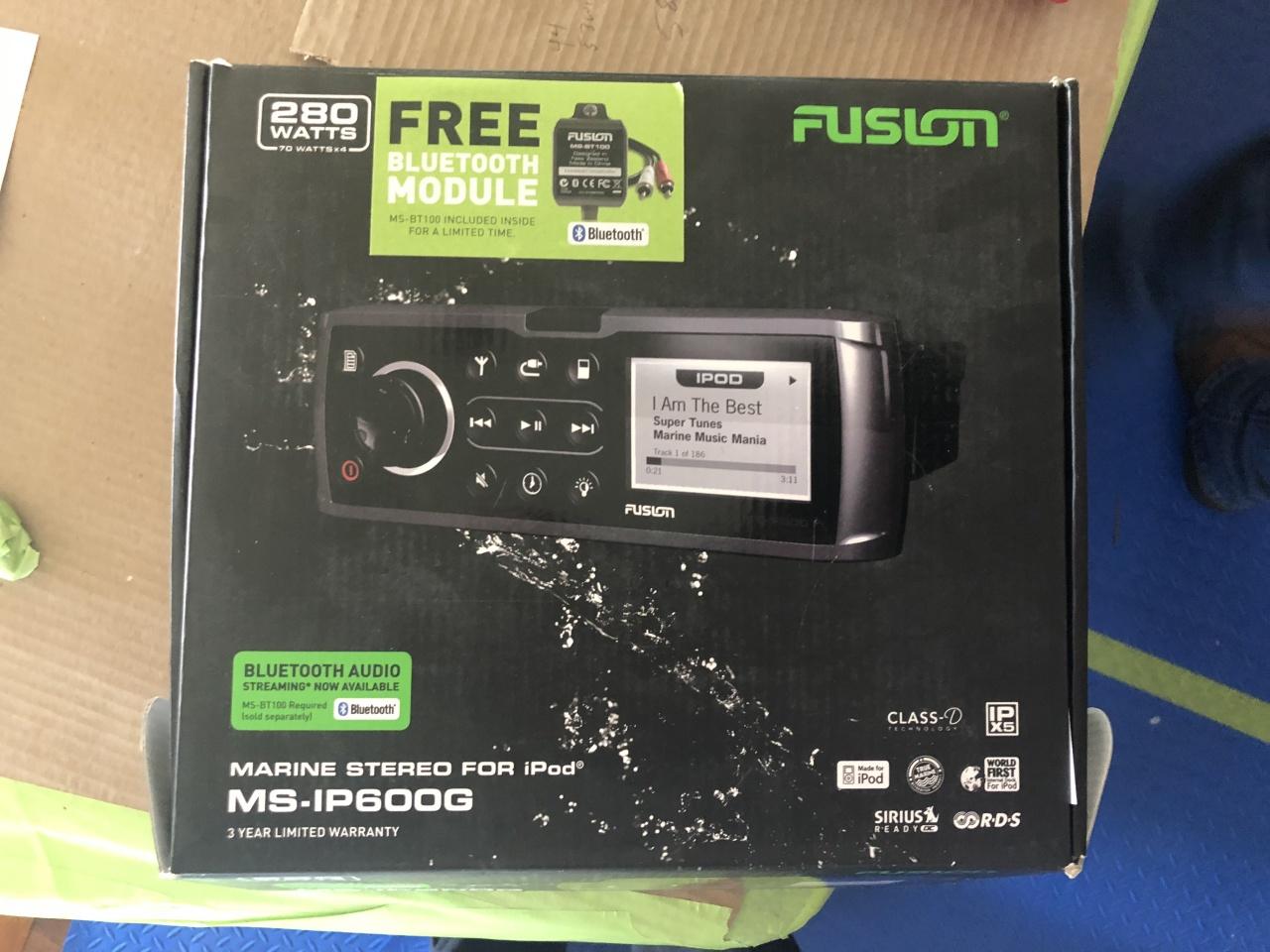 Fusion marine stereo MS-IP600G-b4bb51bf-67b4-47f2-813b-18078e722d6e-jpg