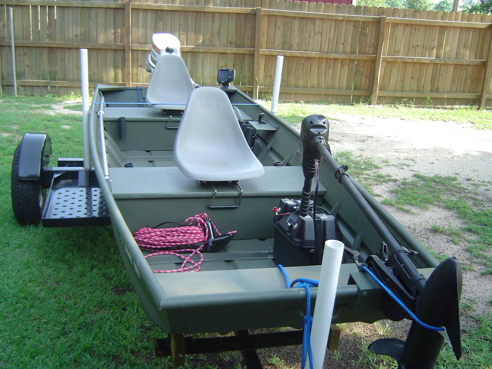 2007 14FT Alumacraft Jon Boat w/25hp Johnson - Pensacola