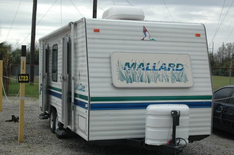 2001 Fleetwood Mallard Camper 3852 - Listing # 3344