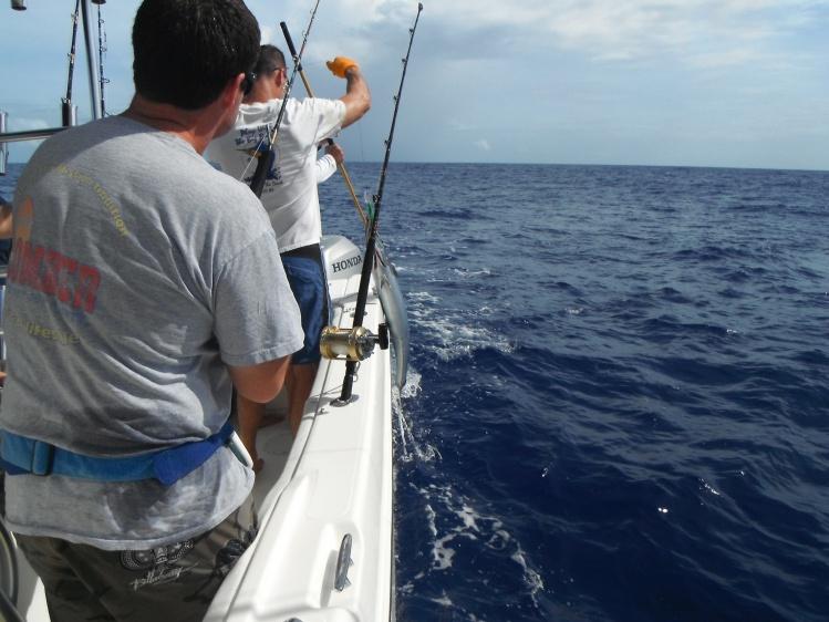 Return of the Guam fishing report!-dscf0094-jpg