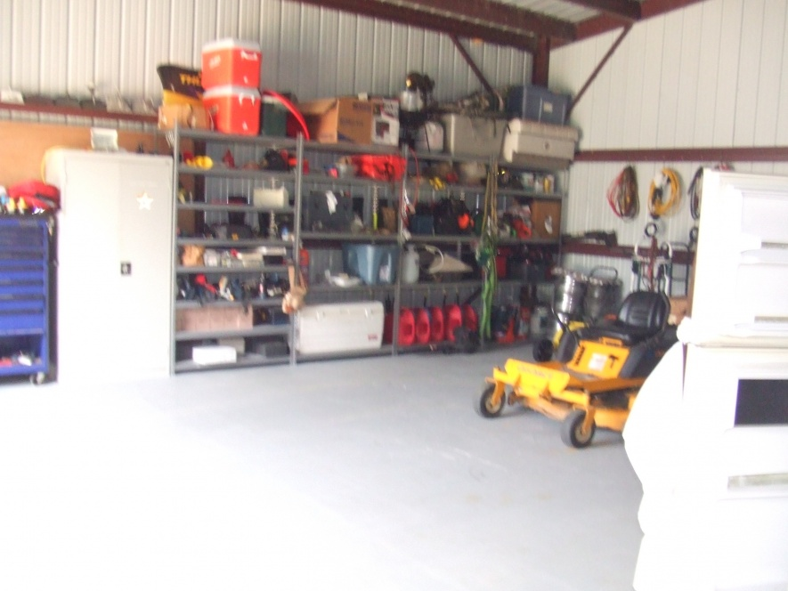 My shop really needs help...what does yours look like?-dscf2381-jpg