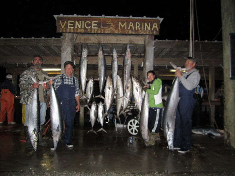 80 and 90 pound wahoo / 3 day report-feb2012-047-jpg