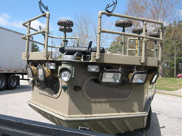 lookin for a good designed of a rail on the bow-flounderfront-jpg