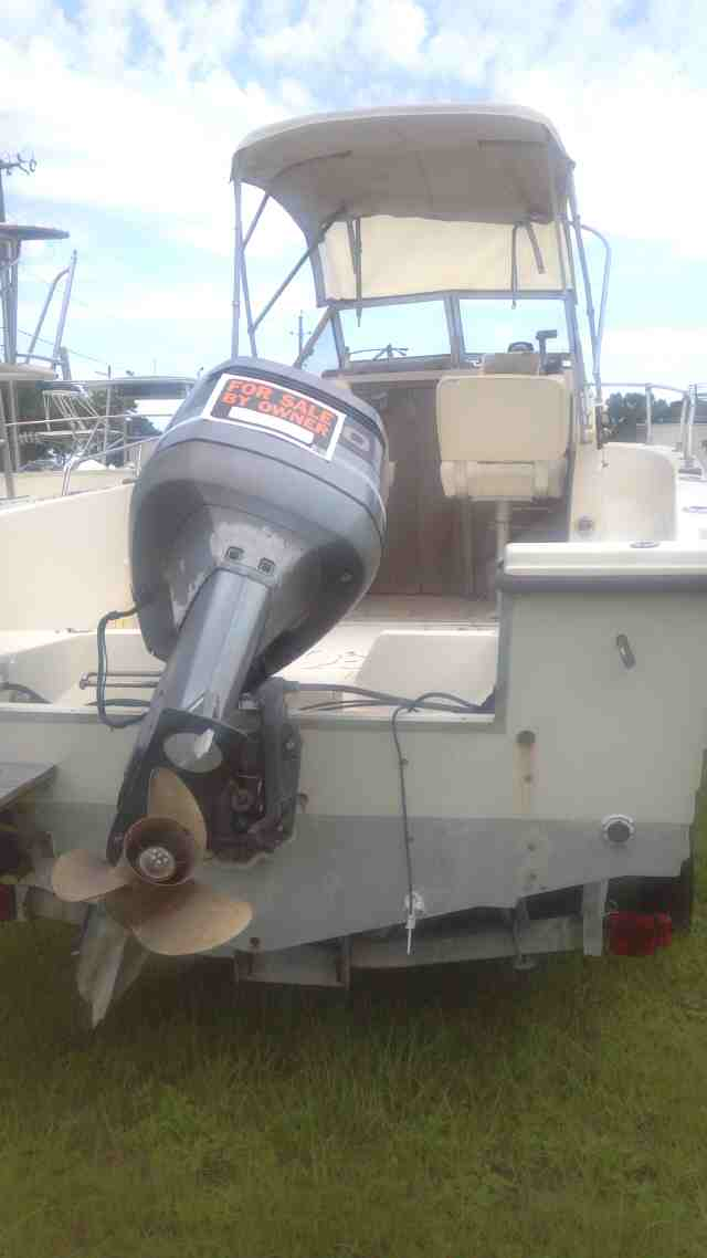 FOR SALE GRADY WHITE 205-C Overnighter 00-grady-white-1-jpg