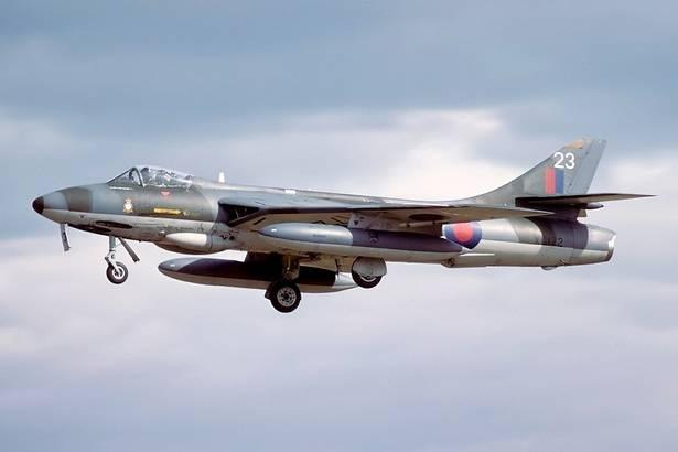 Unusual Jet last Friday-hawker_hunter_thumb_615-jpg