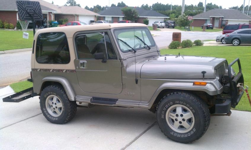 1990 Jeep YJ Sahara with Hard Top, inline 6 cyl.-imag0768-jpg