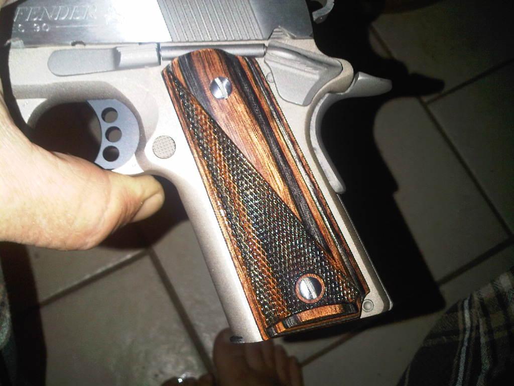 Colt 45 Defender???-img00353-20110407-2347-jpg