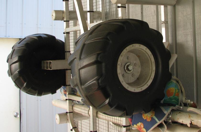 Pier Beach Cart Wheels Img 0016 Jpg