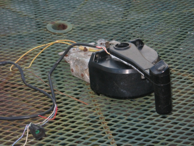 72180d1360193329 wanted omc controls img_0611 jpg binnacle mount remote control mounted wrong? page 1 iboats OMC Throttle Control Parts at fashall.co
