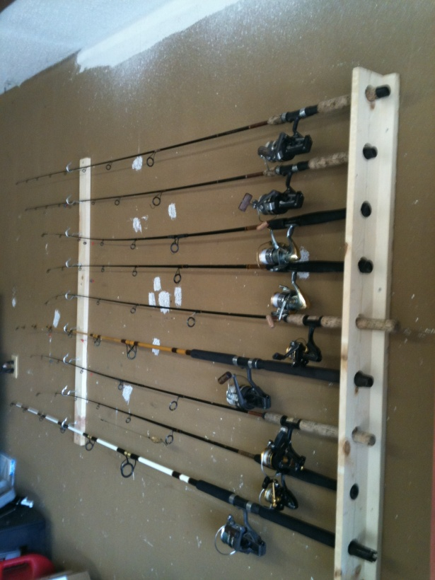 Wall mounted rod holders pensacola fishing forum for Fishing pole wall rack