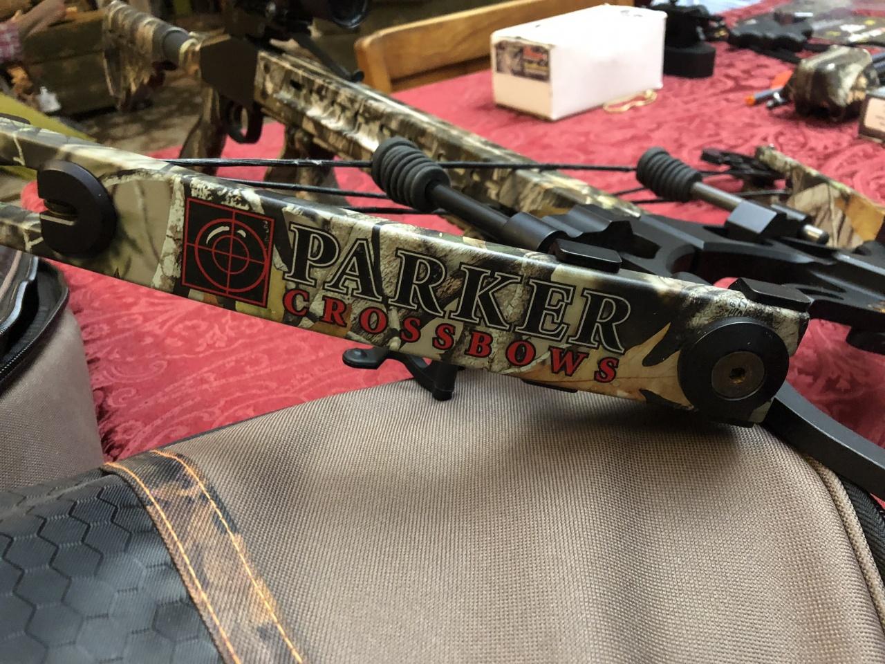 Parker crossbow w/ accessories, Molino, 300.00-img_0763-jpg