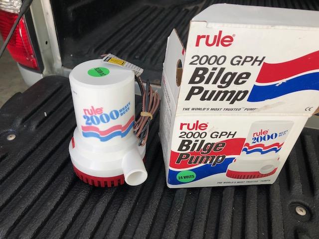Bilge pump-img_8664-jpg