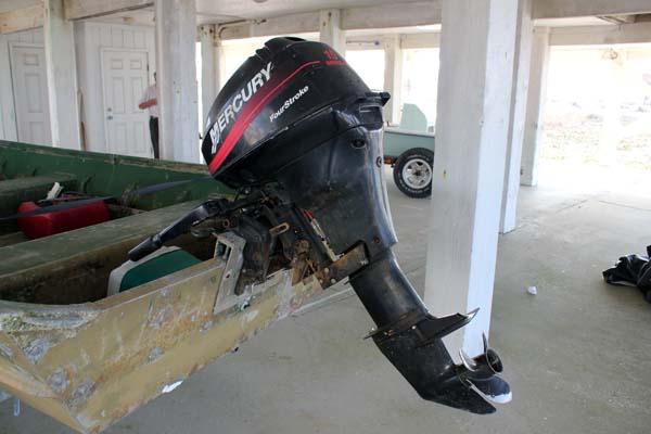 D Lowe X Wide Aluminum Jon Boat W Hp Mercury Stroke Jon Boat Motor Jpg