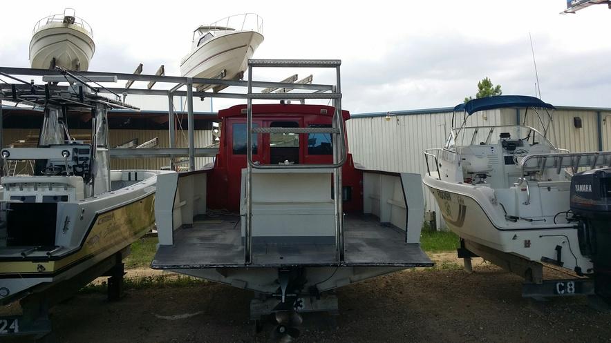 Got a 10 passenger dive boat, now what?-liontamer02-jpg