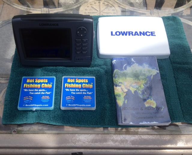 Lowrance HDS-7m Chartplotter (Gen 1)-lowrance1-jpg