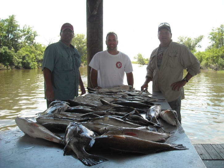 Red Hot Fishing ! Hopedale La-may12-002-jpg