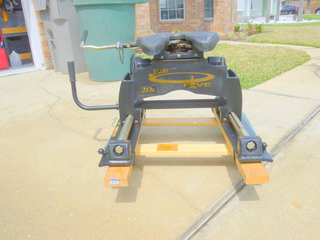 Curt Fifth Wheel Hitch >> Curt 20k Fifth Wheel Hitch Pensacola Fishing Forum