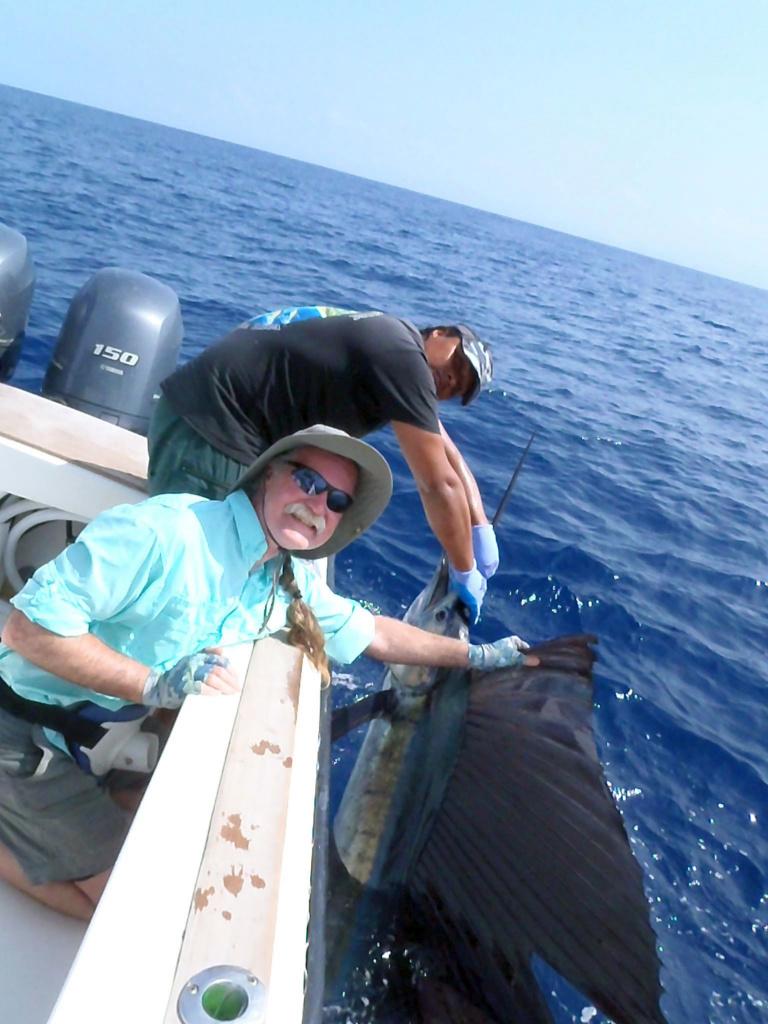 Fishing Costa Rica-p5040917-jpg