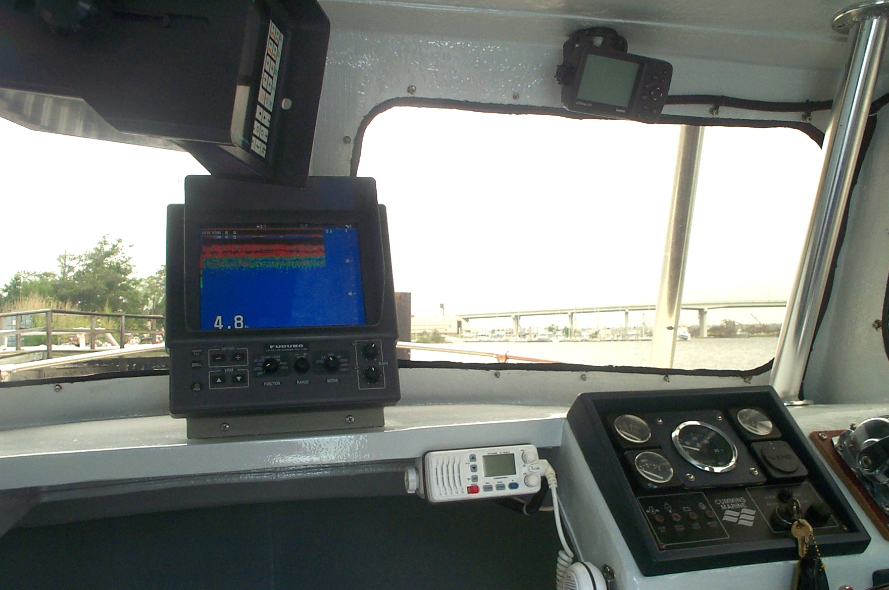 25' Kencraft Buxton Pilot House/Cummins Diesel/Tuna Tower w/ Controls-picture-019-jpg