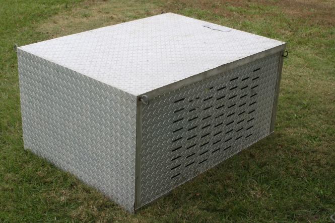 Aluminum Dog Box-toolboxsz1-jpg