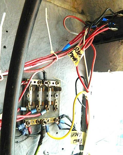 Mako 171 winter project-wiring2-jpg