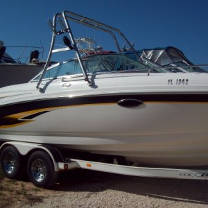 23 ft. Chaparral - (complete detail - include wax)