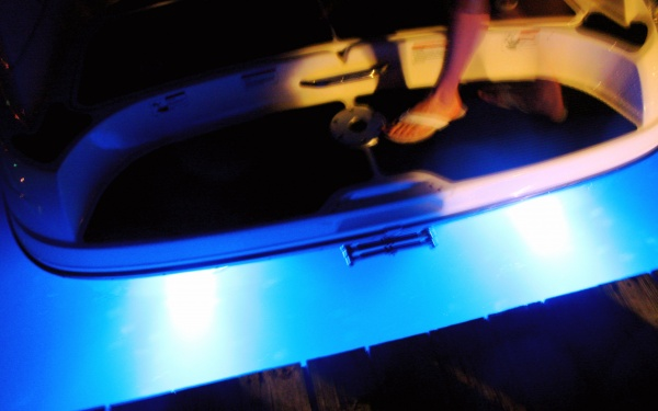 AR12 Rebel Designs Underwater LED Boat Light