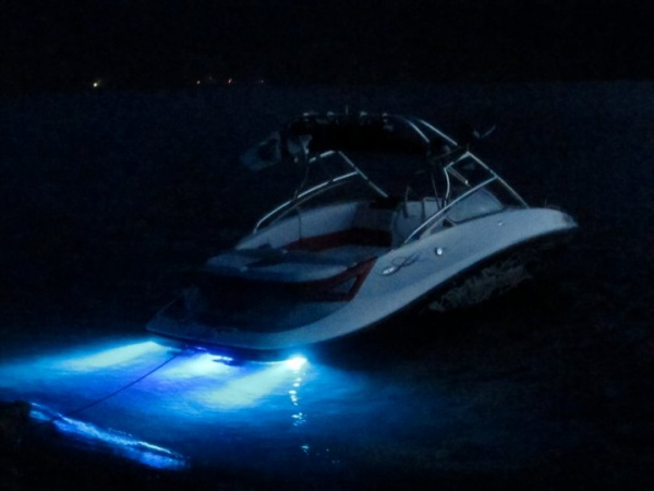Rebel Designs Underwater LED Boat Light (Aqua Rebel 12)
